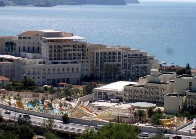 1024px-Splendid_Hotel,_Becici